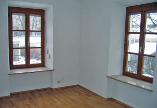 Wohnung in saniertem Jugenstilhaus