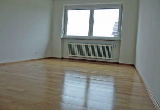 Großzügige 3 Zimmer Wohnung in ruhiger Lage in Kissing